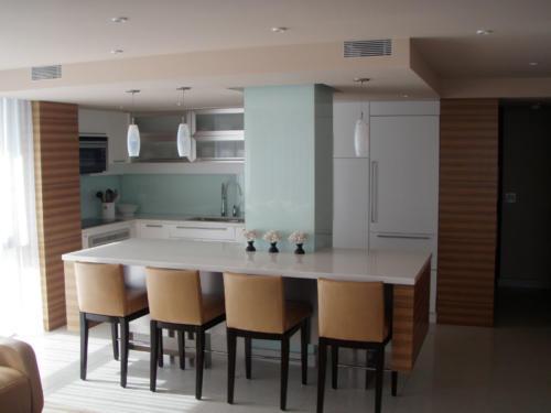 contemporary-white-and-zebra-wood-kitchen